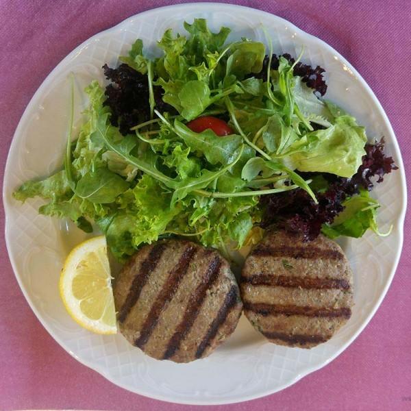 Μπιφτέκια µοσχαρίσια (διατροφ. πιάτο)